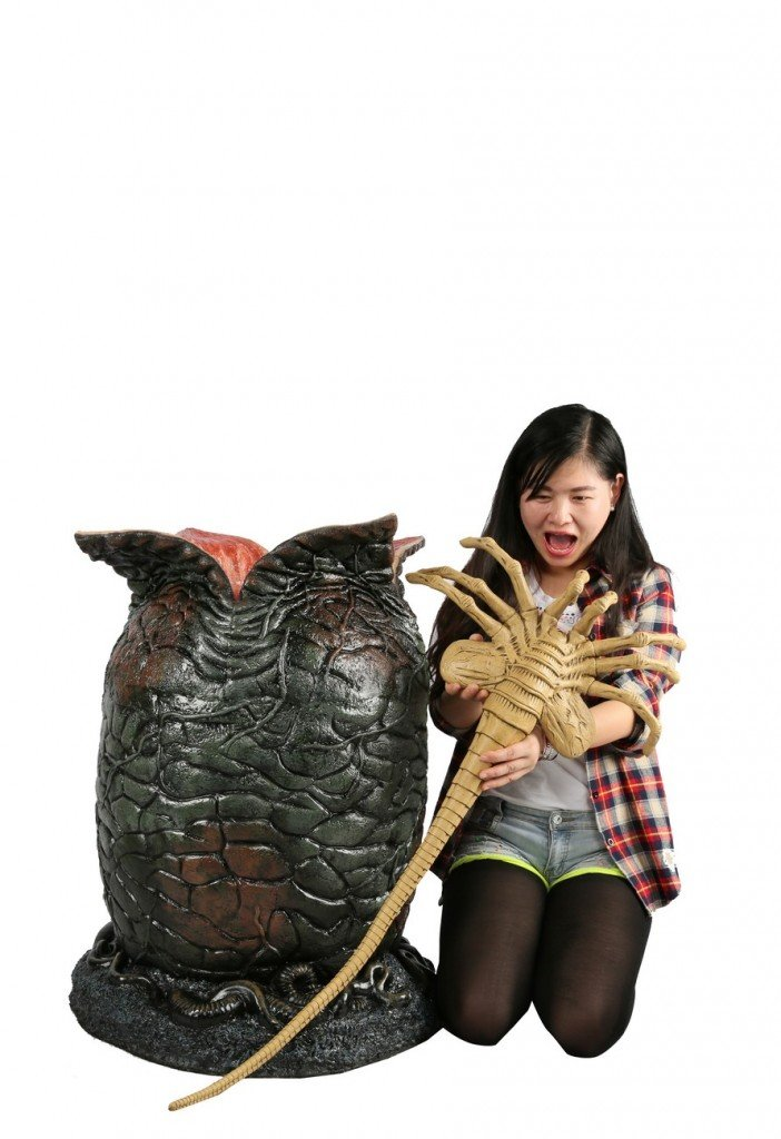NECA-Alien-Egg-and-Facehugger-Replica-003